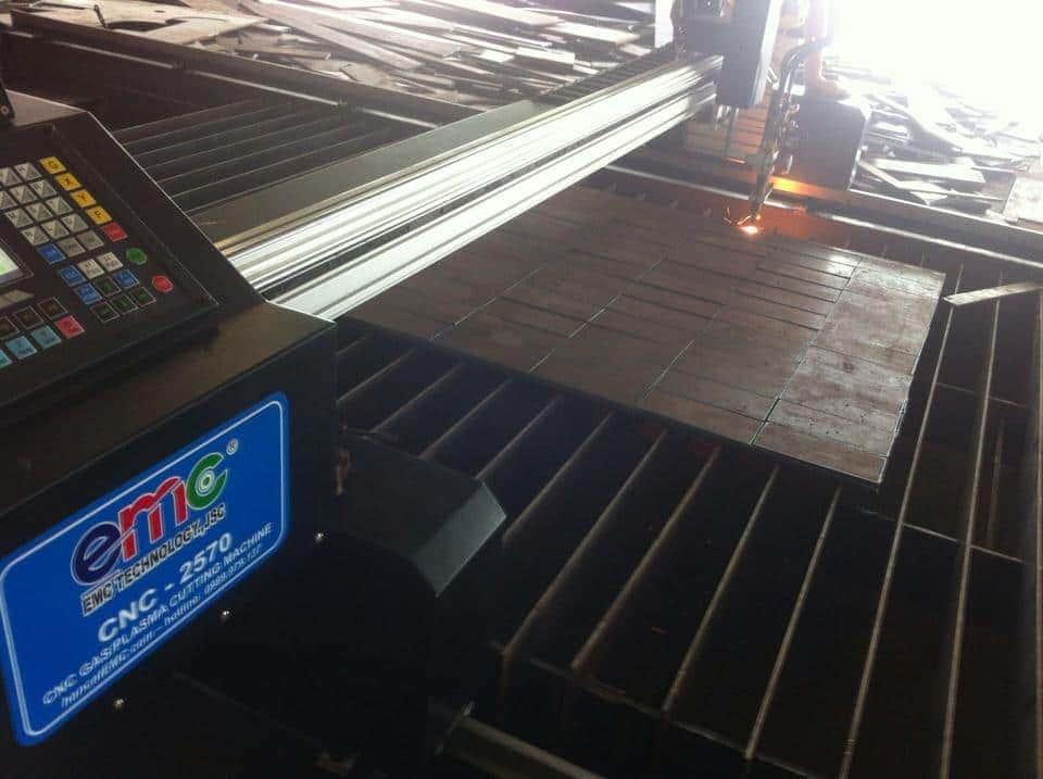 Máy cắt cnc plasma EMC-2570