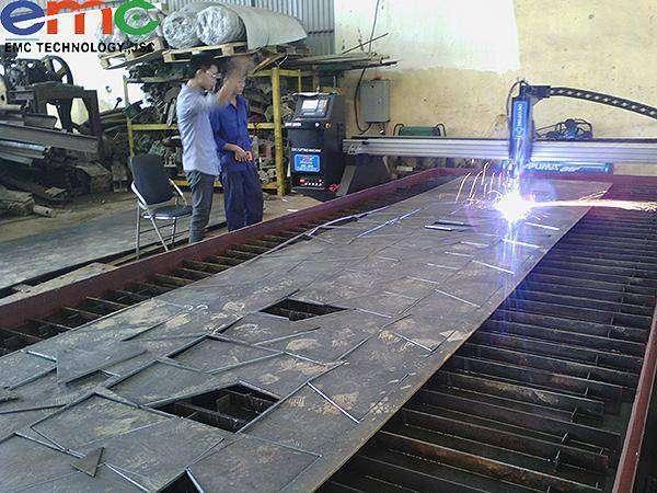 Lắp máy cắt CNC ở Hà Nội cho công ty cổ phần Vitravico VIệt Nam