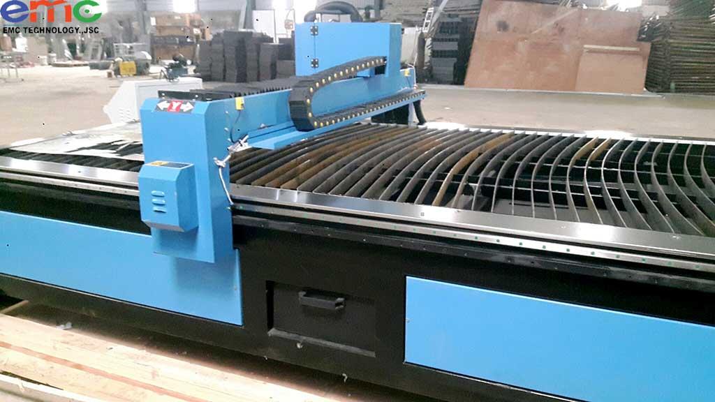 Lắp máy cắt CNC plasma 1530P ở Hà Nội