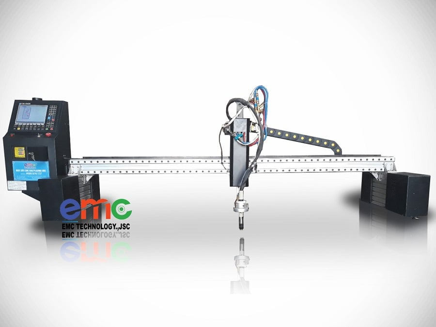 Máy cắt CNC Plasma EMC-2575