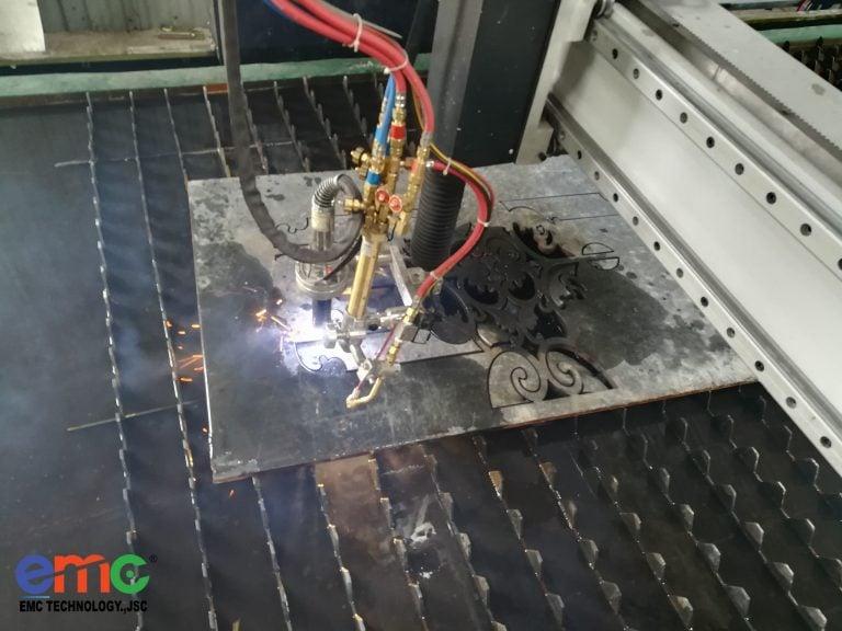 www.123nhanh.com: Máy cắt CNC Plasma 2 ray mới nhất được lắp tại Lạng Sơn