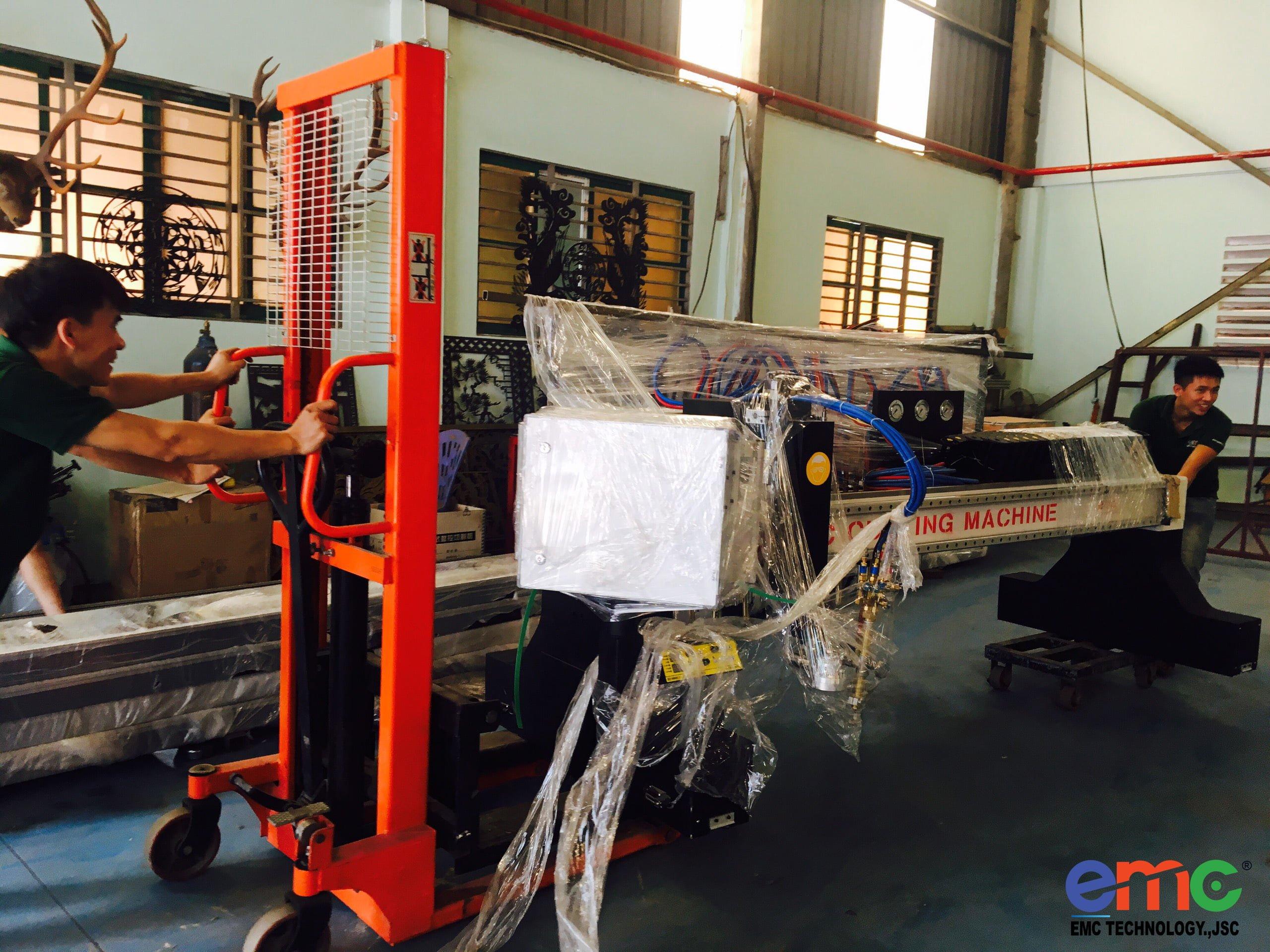 emc 3000 - máy cnc plasma chất lượng tại việt nam