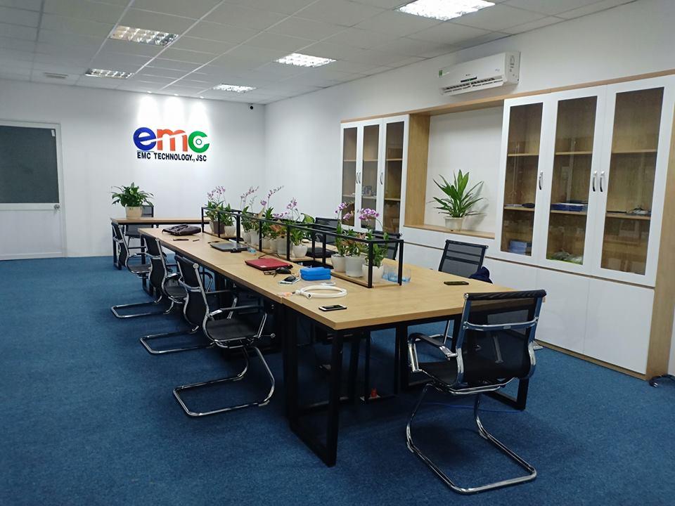 phòng làm việc của đội ngũ nhân viện của công ty EMC