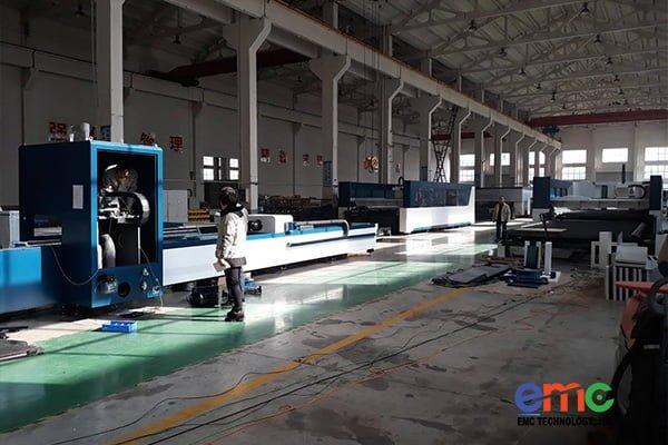 Máy cắt laser được lắp ráp tại nhà máy EN.EL