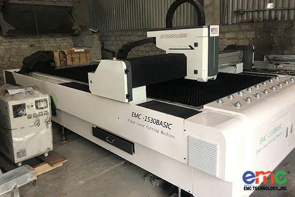 Máy cắt fiber laser basic lắp đặt cho khách hàng tại nghệ an