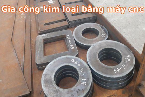 máy cnc gia công kim loại