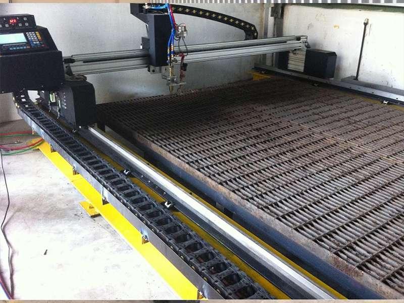 Lắp đặt máy cắt cnc Plasma EMC-2575 tại Hà Nội