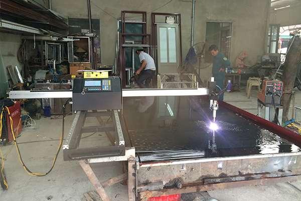 Máy cắt CNC Mini EMC-1500pro tại Nghệ An