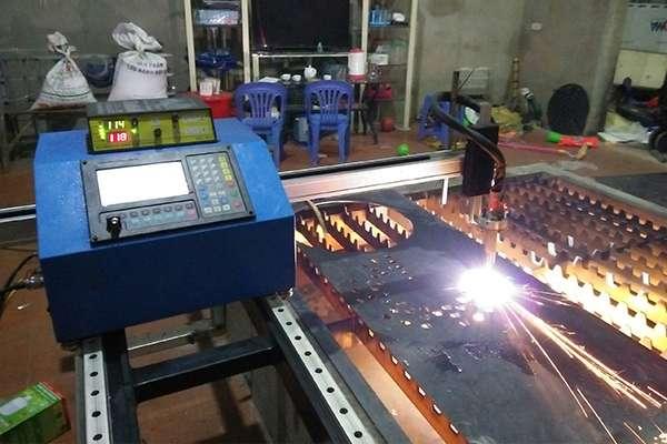 Máy cắt CNC Mini EMC-1500pro tại Phú Thọ