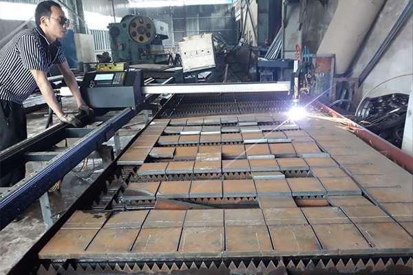 Máy cắt CNC Mini EMC-1500pro tại Thái Nguyên