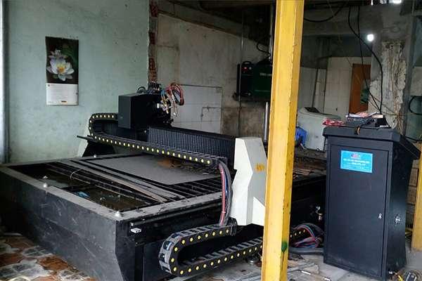Máy cắt cnc hoa văn EMC-2000 tại Hà Tĩnh