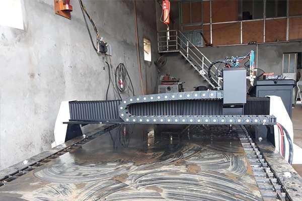 Máy cắt cnc hoa văn EMC-2000 tại Lạng Sơn