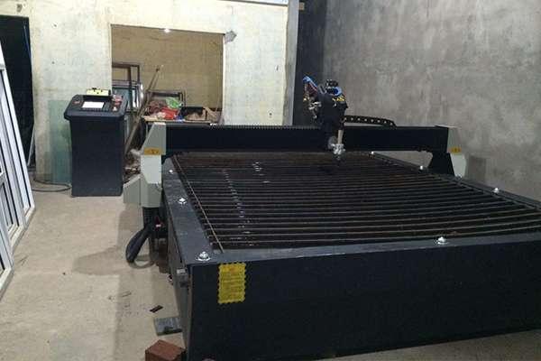 Máy cắt cnc hoa văn EMC-2000 tại Tây Ninh