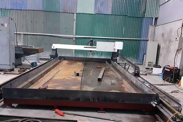 Lắp đặt 1 máy cắt EMC-3000 tại Hà Nội