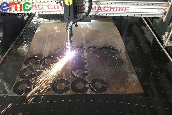 Lắp đặt 1 máy cắt EMC-3000 tại Long An