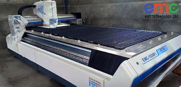 máy cắt laser 1530fi được lắp đặt tại hải phòng