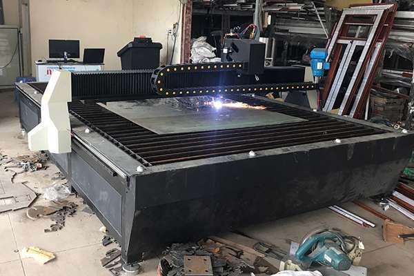 Máy cắt Plasma CNC EMC-2000 tại Bắc Kạn