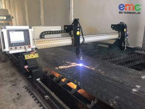 máy cắt plasma cnc EMC -300