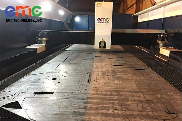 lắp đặt máy cắt laser bàn chuyển đổi tại hưng yên