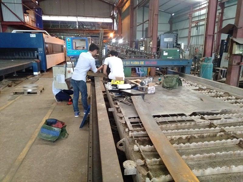 kỹ thuật EMC sửa máy cnc cũ tại Hưng Yên