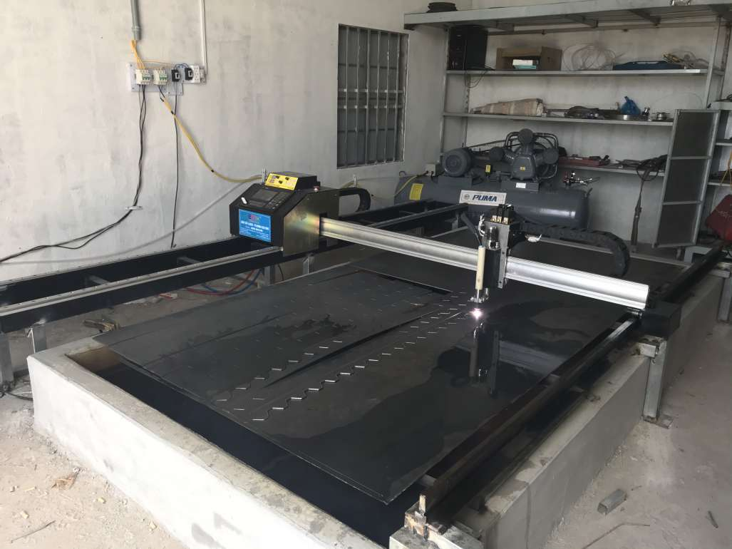 Máy CNC Mini EMC-1600pro dòng máy cắt 2 ray giá rẻ
