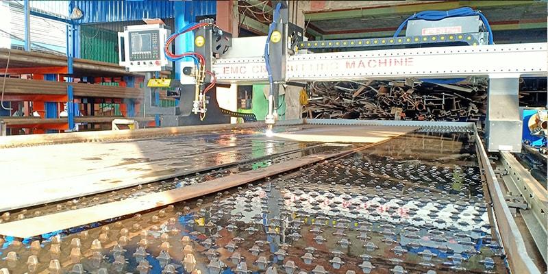 Máy cắt Plasma EMC-3000 tấm ống tại Vĩnh Long