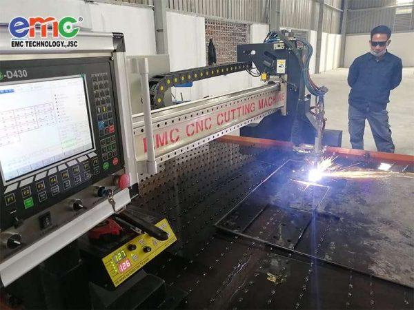 máy cắt plasma cnc emc-3000 dòng máy hạng nặng hot nhất