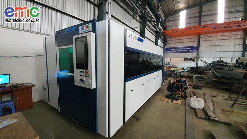 Thạch Thất: máy cắt Laser Fiber 1530DF tại Thép Cường Thành