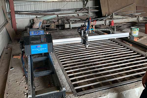 máy cắt cnc mini plasma EMC-1600pro Đồng Nai