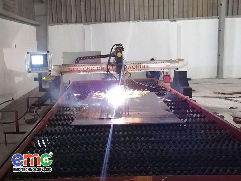 Máy cắt Plasma CNC lắp đặt tại Hà Nội.