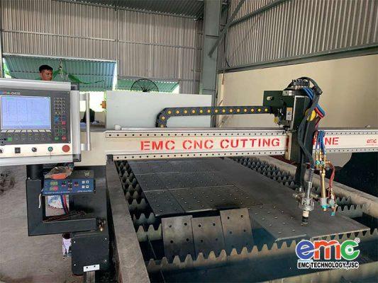 Máy cắt plasma cnc EMC 3000 tại Hà Tĩnh