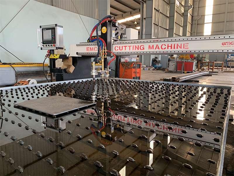 Máy cắt cnc Plasma EMC-3000 tại Vũng Tàu