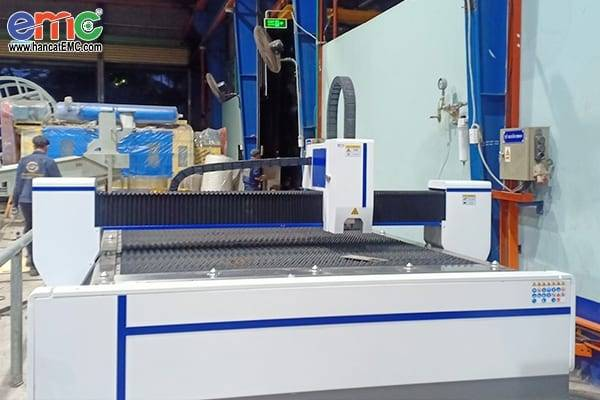 Máy cắt laser tại Đồng Nai