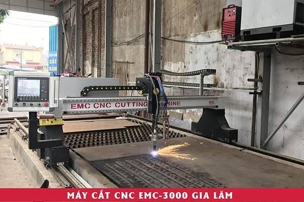 Máy cắt plasma cnc EMC-3000 tạu Gia Lâm