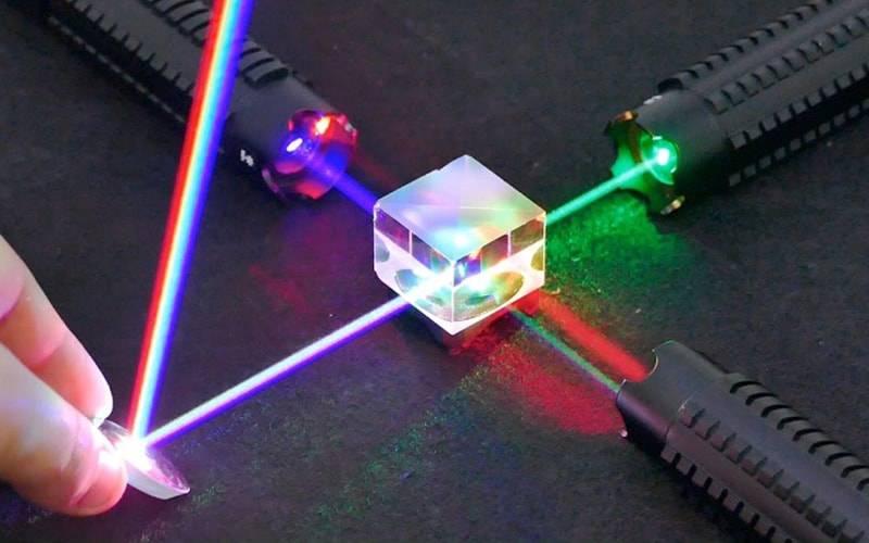 Tia laser là gì