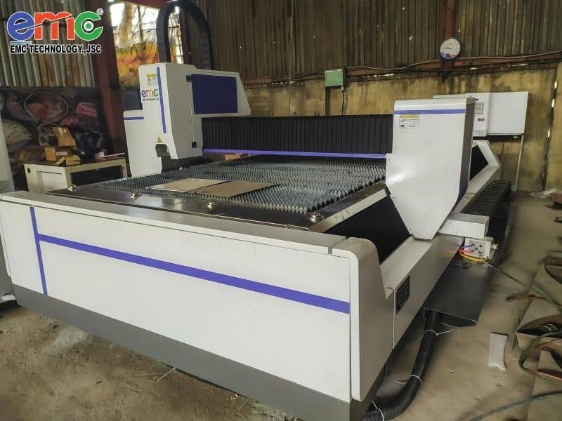 Lắp đặt máy cắt laser tại cơ khí Phước Long - Hải Phòng