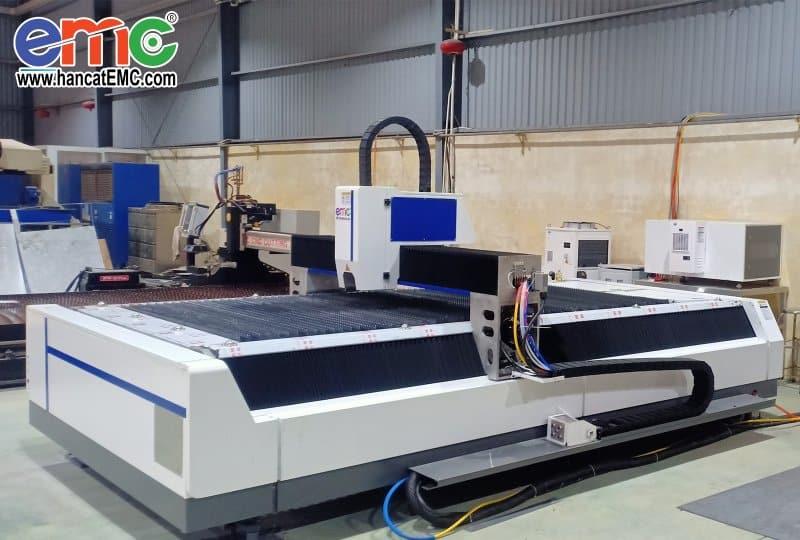 máy cắt laser fiber tại Bình Dương