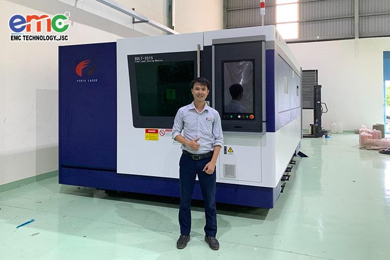 máy cắt laser penta bolt tại công ty Keytech