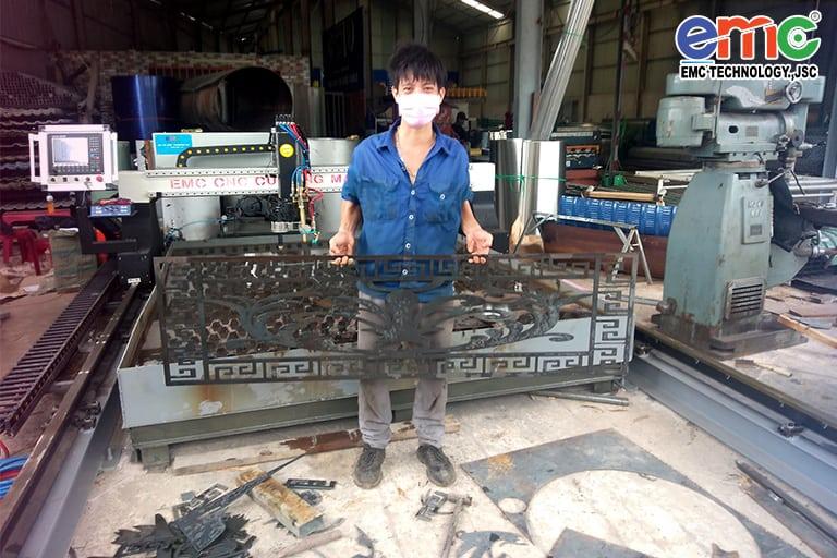Máy cắt plasma cnc EMC-3000 tại Bình Thuận
