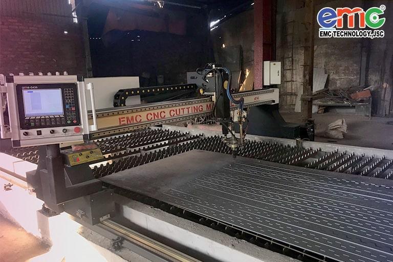 Máy cắt plasma cnc EMC-3000 tại Thanh Hóa
