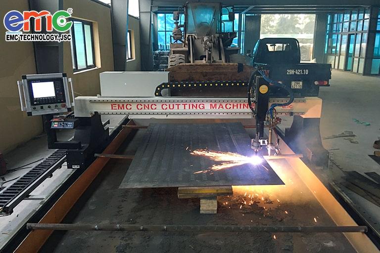 Máy cắt Plasma CNC EMC-3000 tại Thái Bình