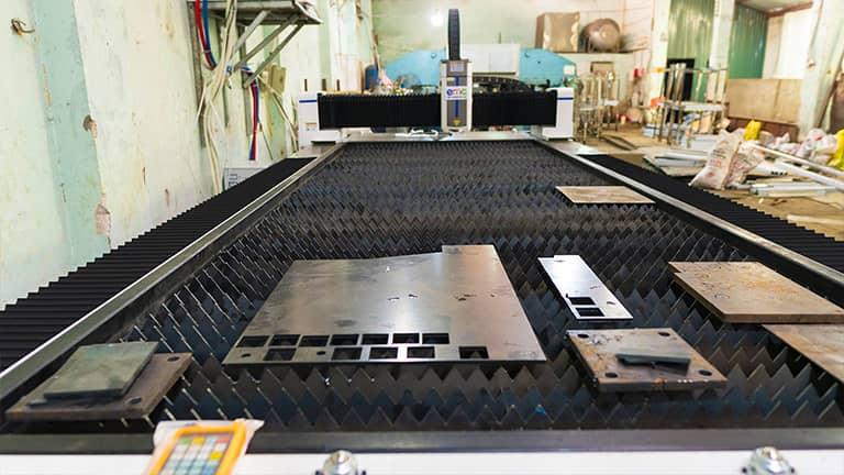 Máy cắt laser basic tại công ty Thiên Ân
