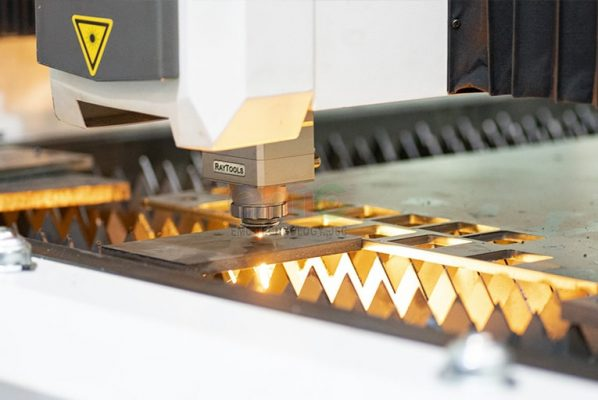 Cắt laser kim loại tấm tại Hà Nội