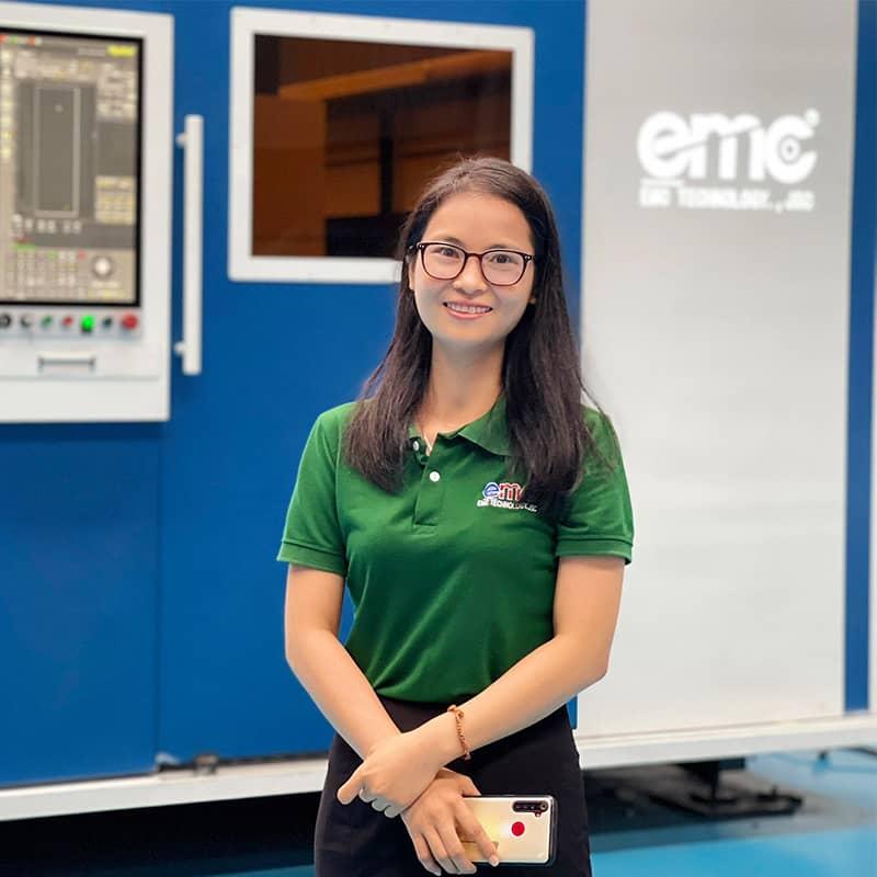 Nhân viên tư vấn laser CNC